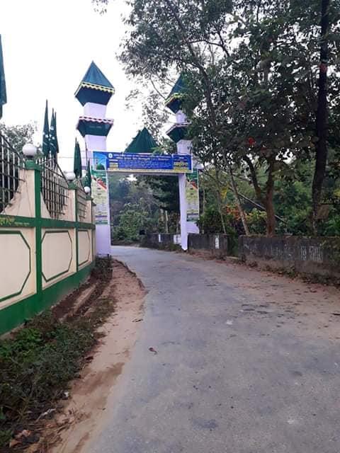নাজিরহাট কলেজের উন্নয়ন মূলক কাজ পরিদর্শন করেছেন গভর্নিং বডির সদস্যরা।